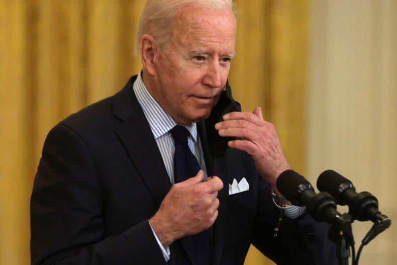 Joe Biden Removes Face Mask