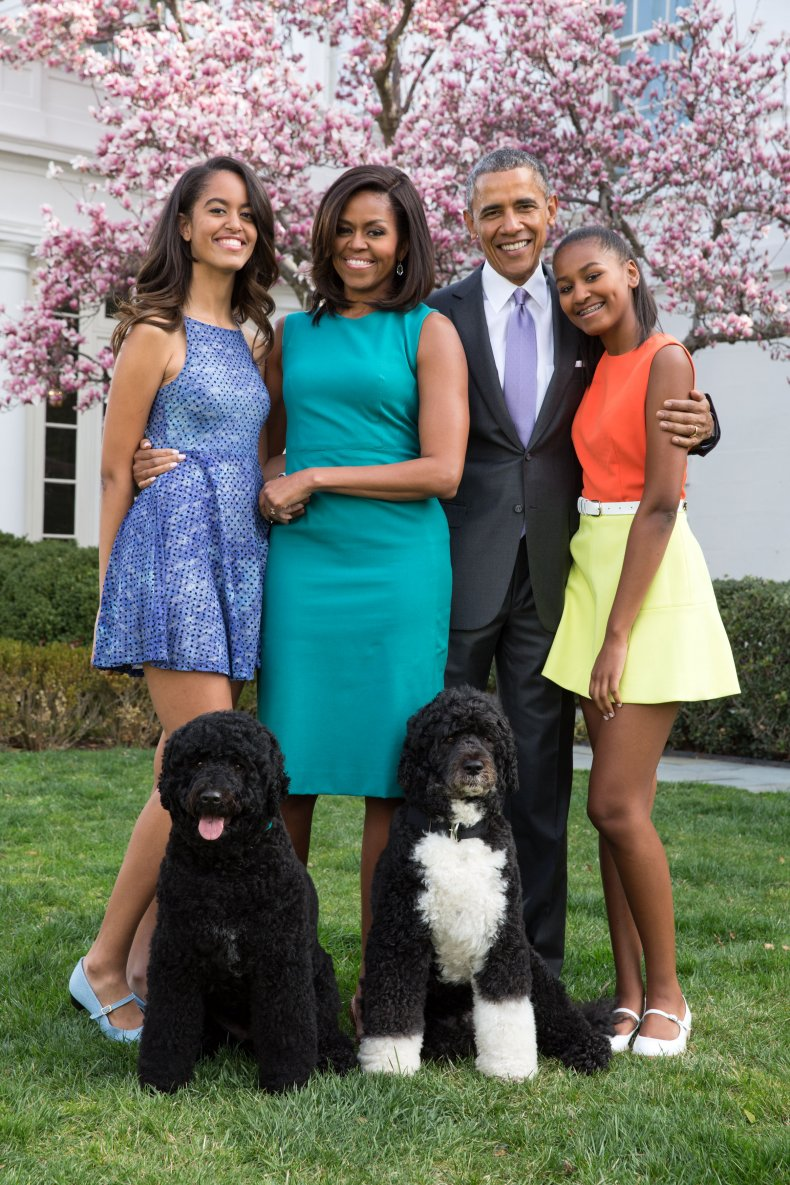 Obama family with dogs