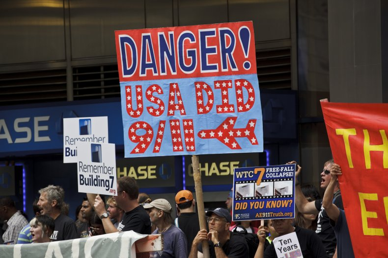 9/11 truther conspiracy theorists in NYC