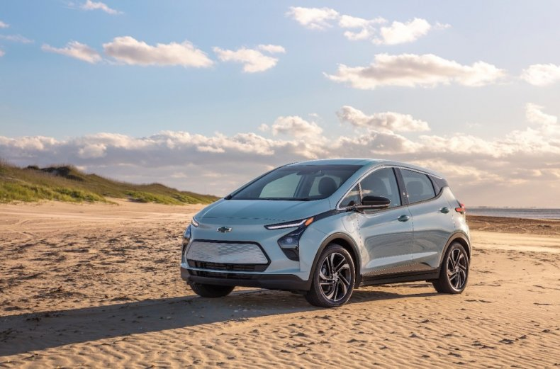 most affordable electric vehicles chevrolet bolt euv2