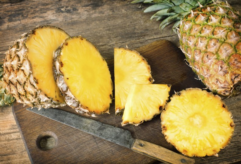 A pineapple sliced up
