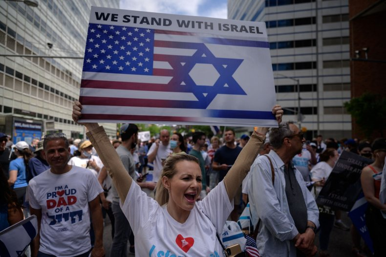 Pro-Israel demonstrators attend a rally denouncing antisemitism