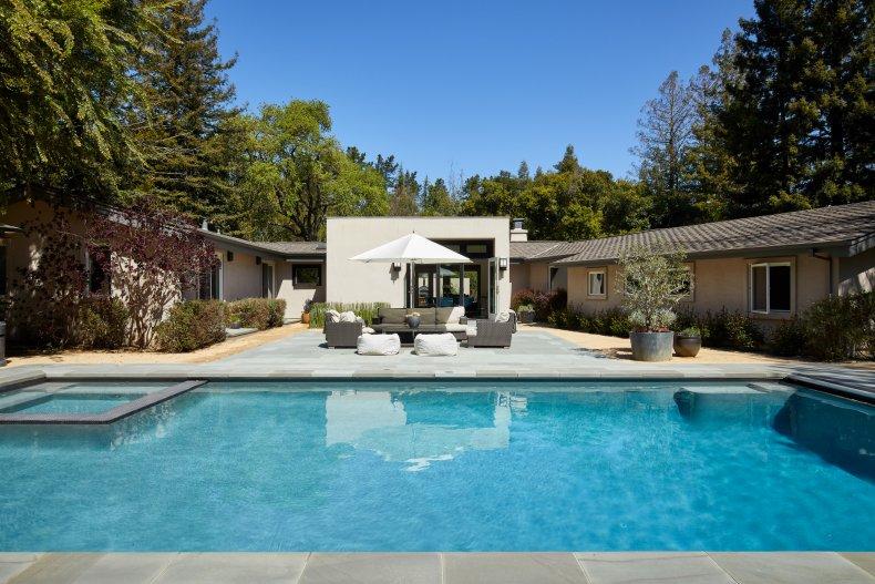 Portola Valley, California, 94028