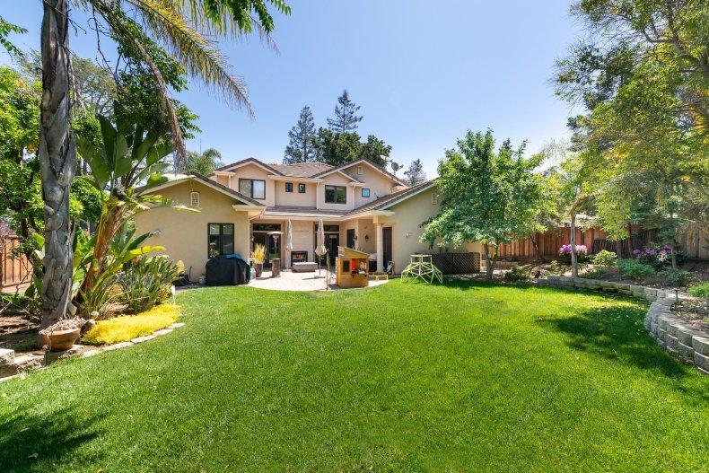 Los Altos, California, 94022