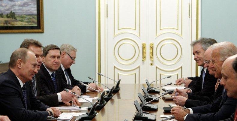 Putin and Biden Meering in Moscow