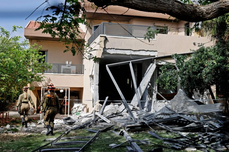 Israel house hit by rocket