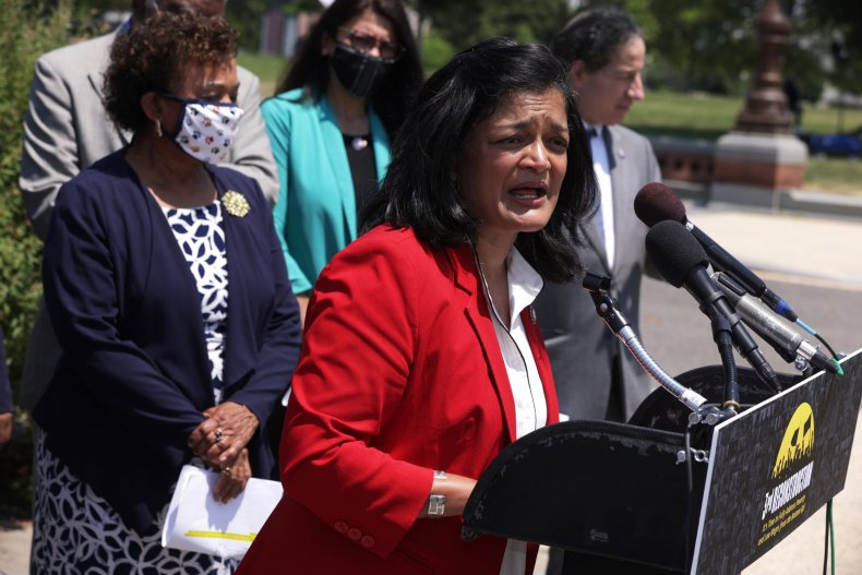 Lee and Jayapal unveil poverty relief plan