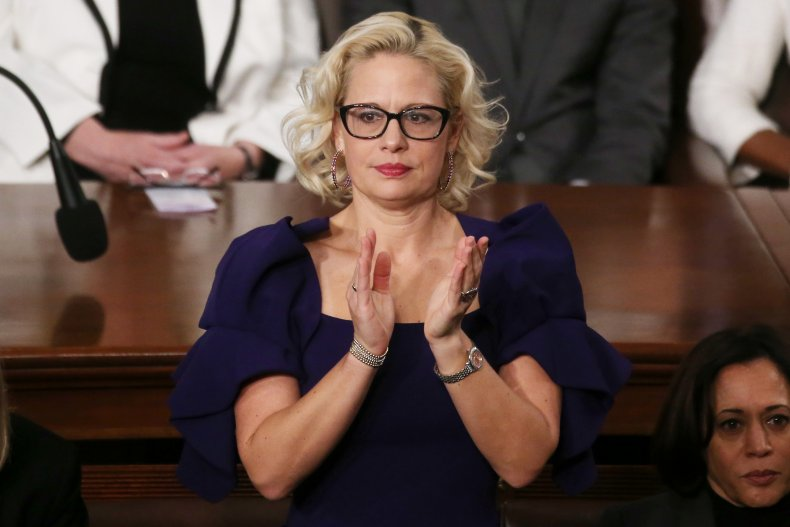 Sinema Applauds During State of the Union