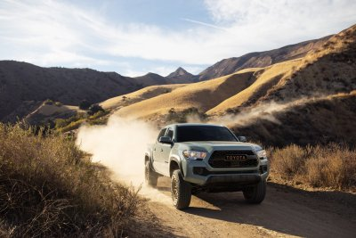 2022 Toyota Tacoma Trail Edition driving front