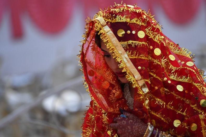 Woman calls off wedding