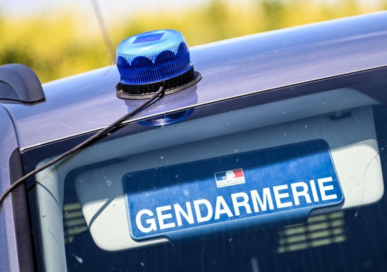 French teenager stabs father on social media