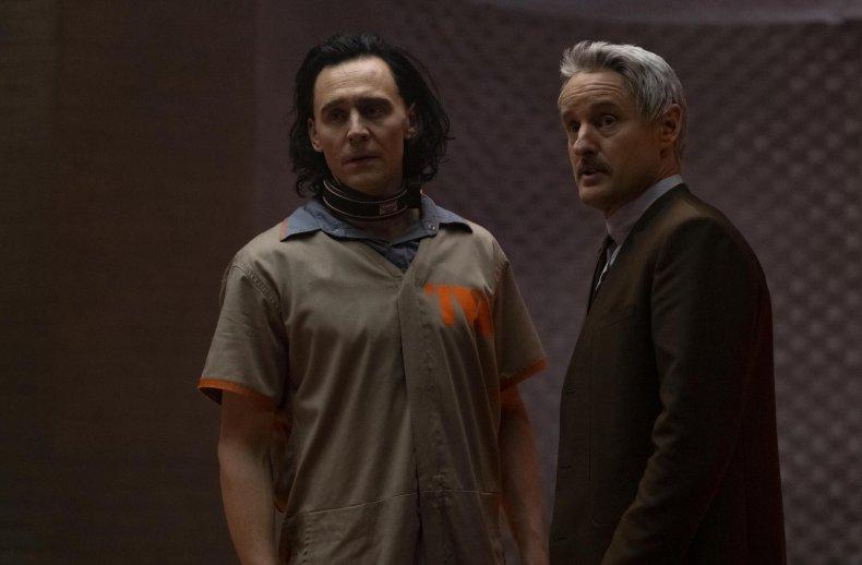 Tom Hiddleston and Owen Wilson