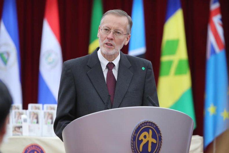 Top U.S. Representative to Taiwan Talks Health