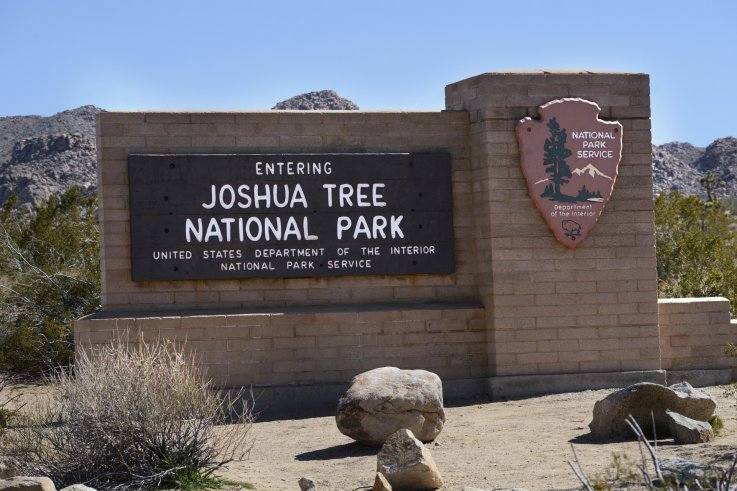 Joshua Tree welcome sign