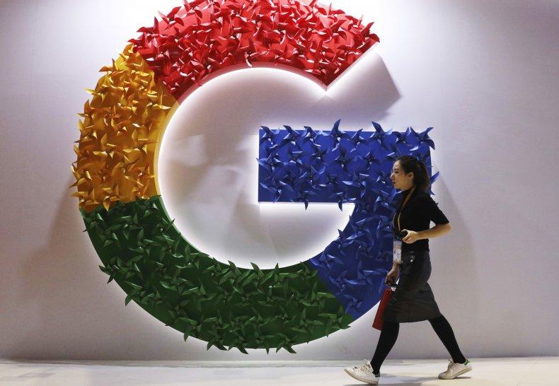 Google Logo in Shanghai, China