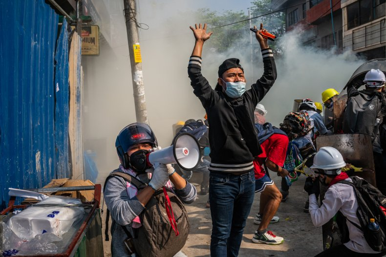 Protesters ask others to retreat
