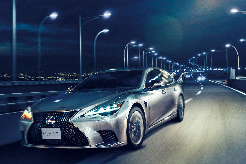 Lexus Teammate Semi-Autonomous Driving Tech Not as Easy to Use as Tesla FSD