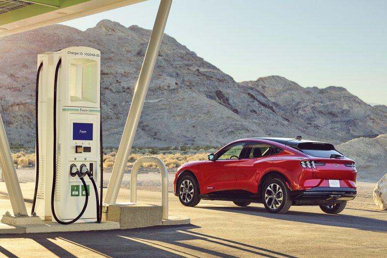 2021 Ford Mustang Mach-E Electrify America solar