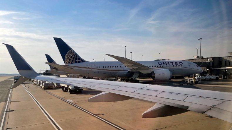 United Airlines Boeing 787-8 Dreamliner Plane