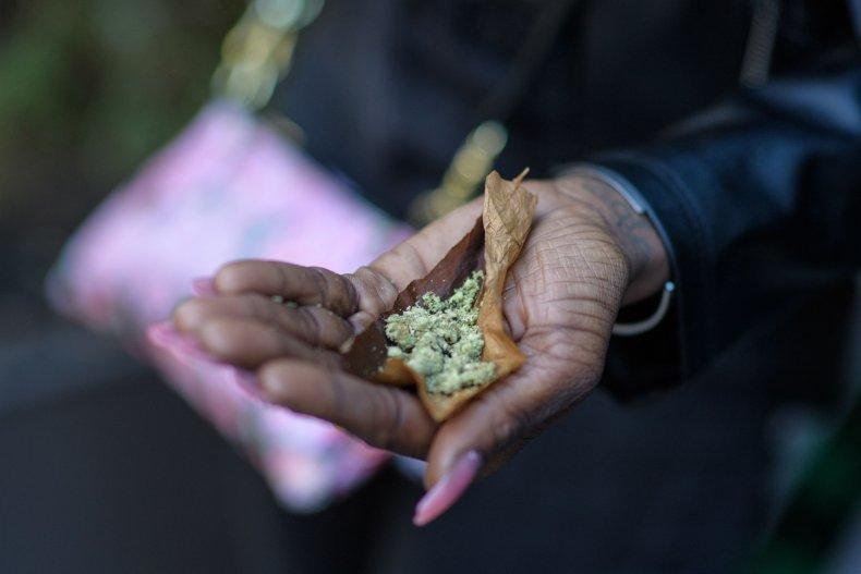 Democrat Bill to Decriminalize Drug Possession Federally