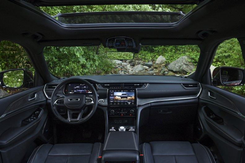 2021 Jeep Grand Cherokee L interior