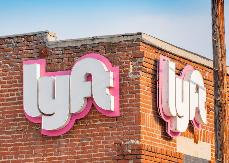 Woman claims Lyft driver wrote address down