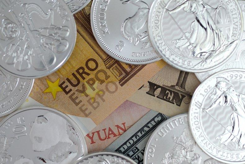Banknotes of international currencies