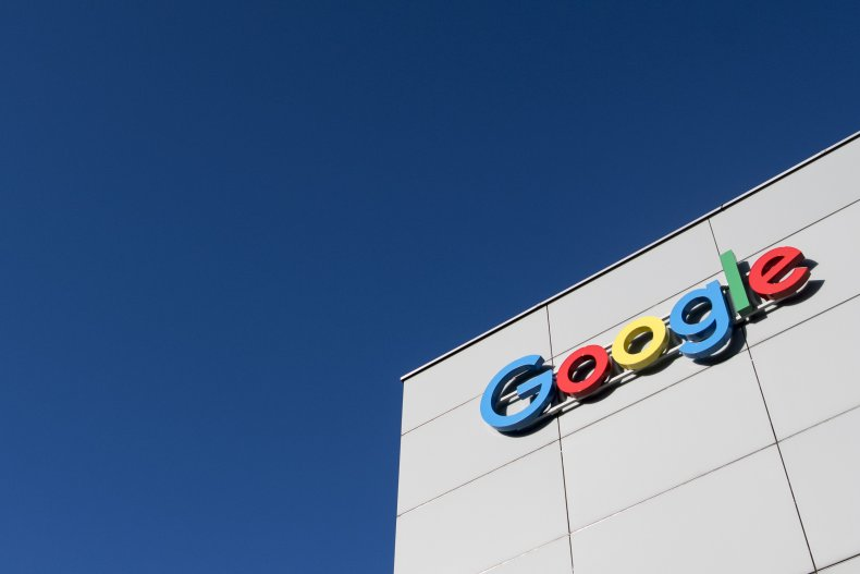 Android smartphone users had difficulty accessing Google
