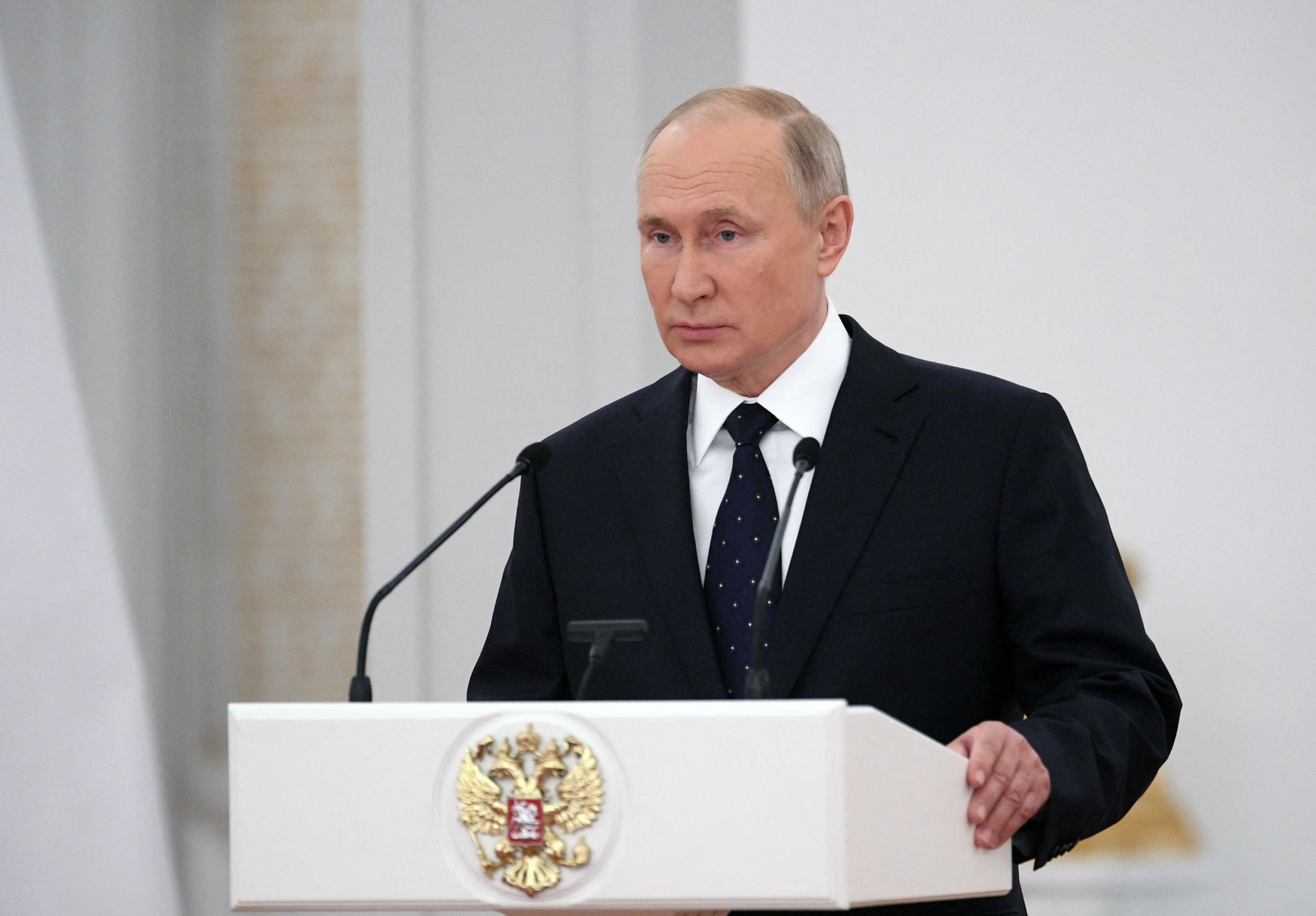 Vladimir Putin accuses U.S. of organizing coup in Ukraine