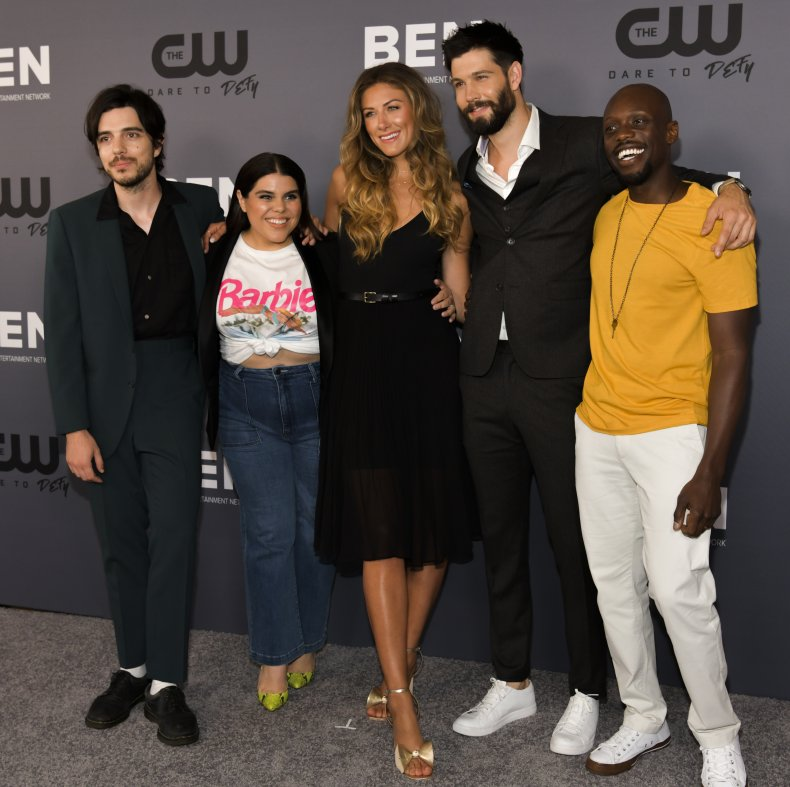 In the Dark season 3 cast