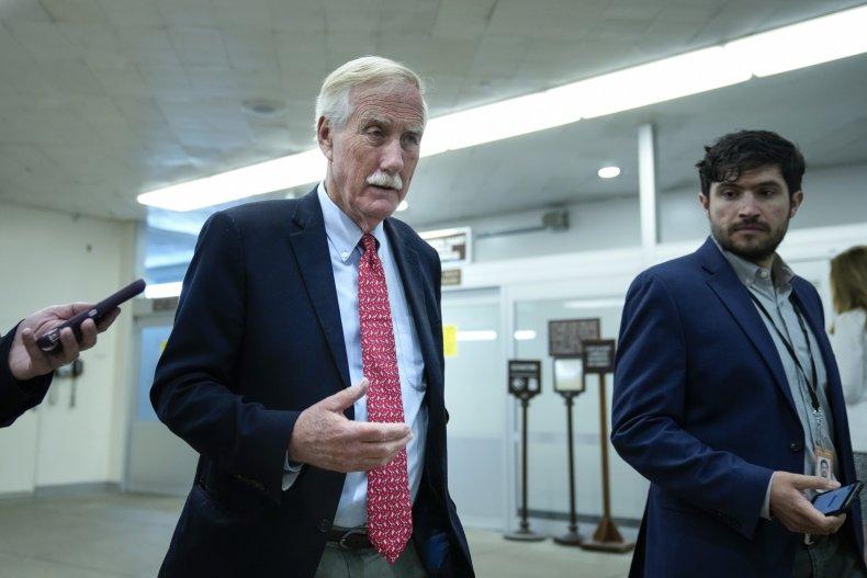 Senator, Angus, King, Maine, talks, reporters, Capitol