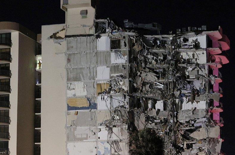 Surfside Florida Help Donate Volunteer Building Collapse