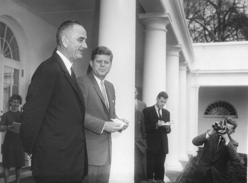 The White House Rose Garden in 1961.