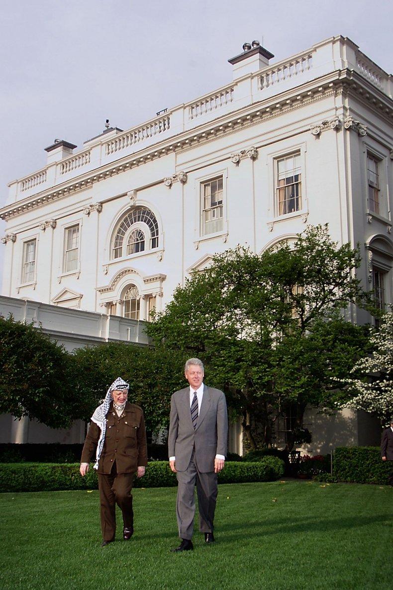 The White House Rose Garden in 2000.