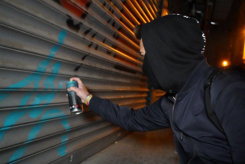 Florida man spray-paint KKK noose racist Black