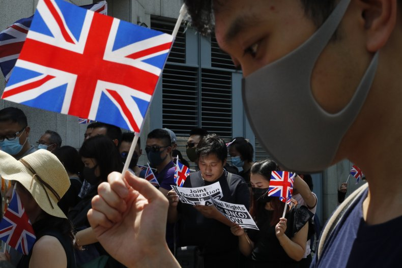 Hong Kong residents seeking British citizenship