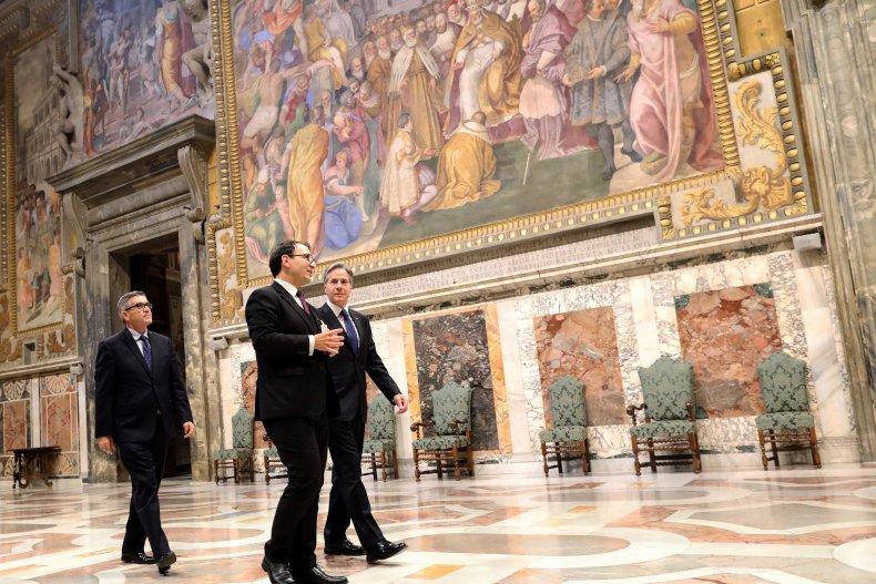 Antony Blinken Visits the Sistine Chapel