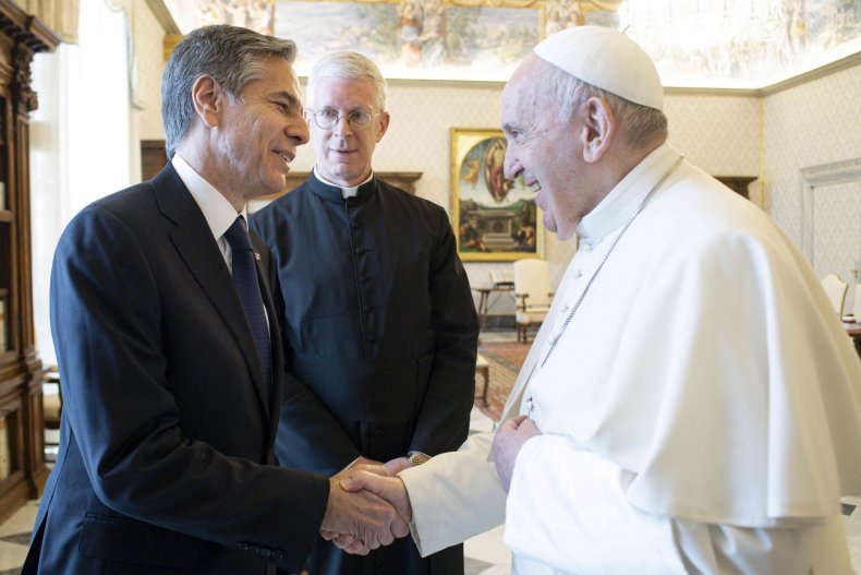 Antony Blinken Shakes Hands With Pope Francis