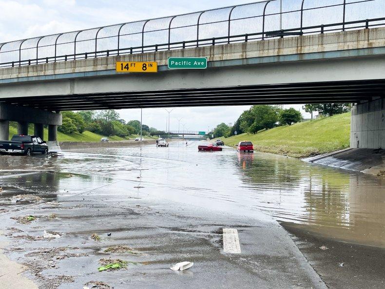 Floods on the I-96 in Detroit