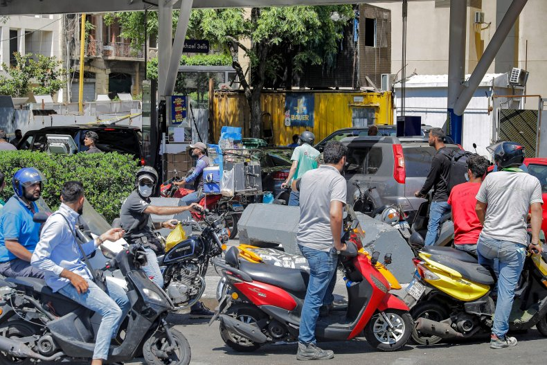 Motorists in Beirut Wait for Gas