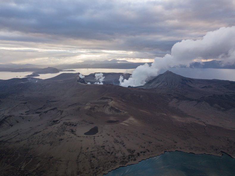 taal volcano eruption alert level 3, getty
