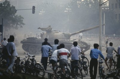 China Deploys Tanks To Crush Tiananmen Protests