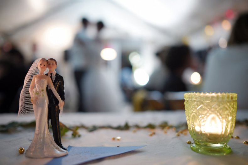the groom dies altar