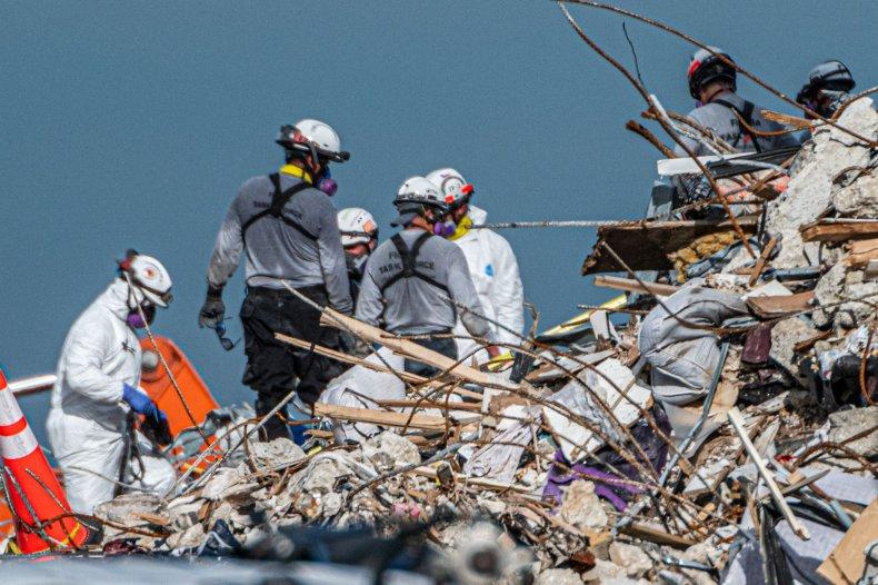 Surfside rescue teams
