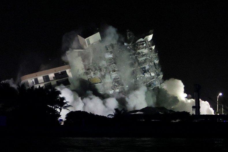 Surfside controlled demolition image 4