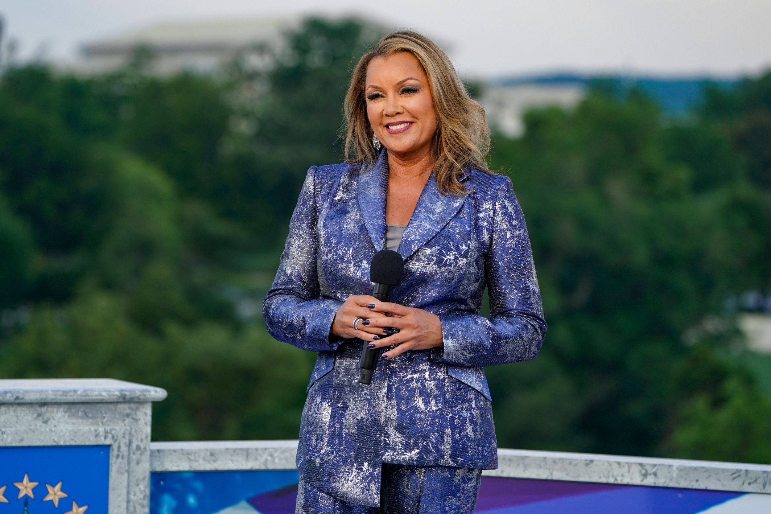 Vanessa Williams Remembers Being Crowned Miss America