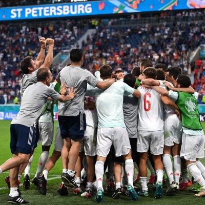 Spain celebrates beating Switzerland