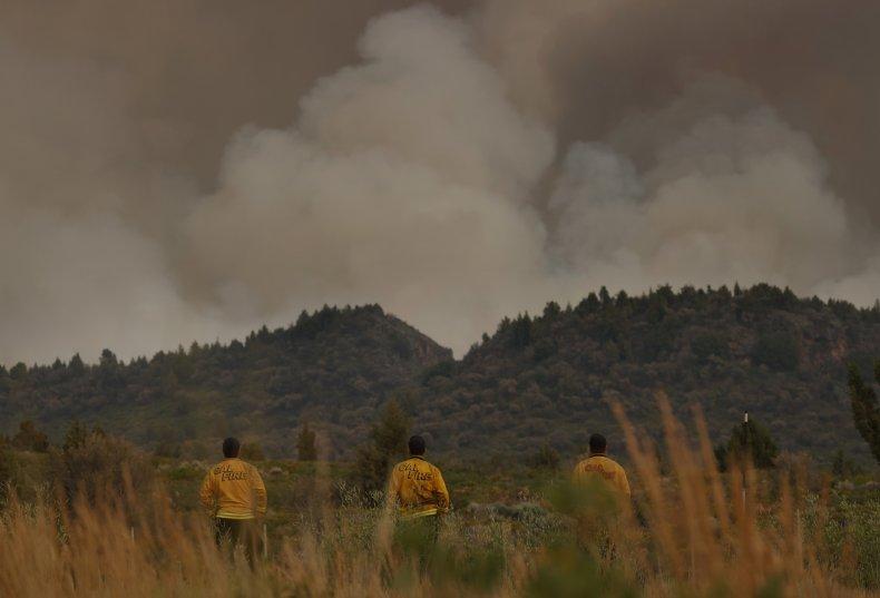 CA heat wave as four fires burn