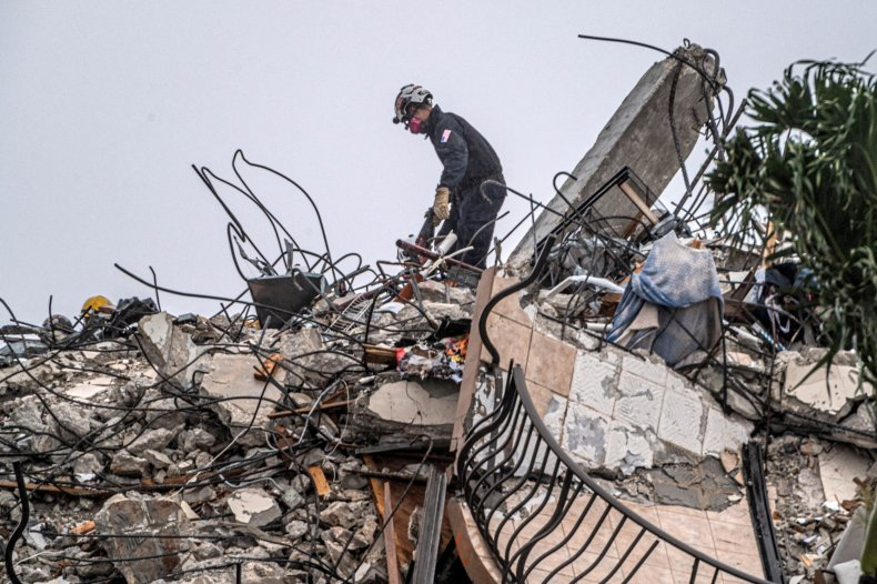 Surfside Building Death Toll at 32