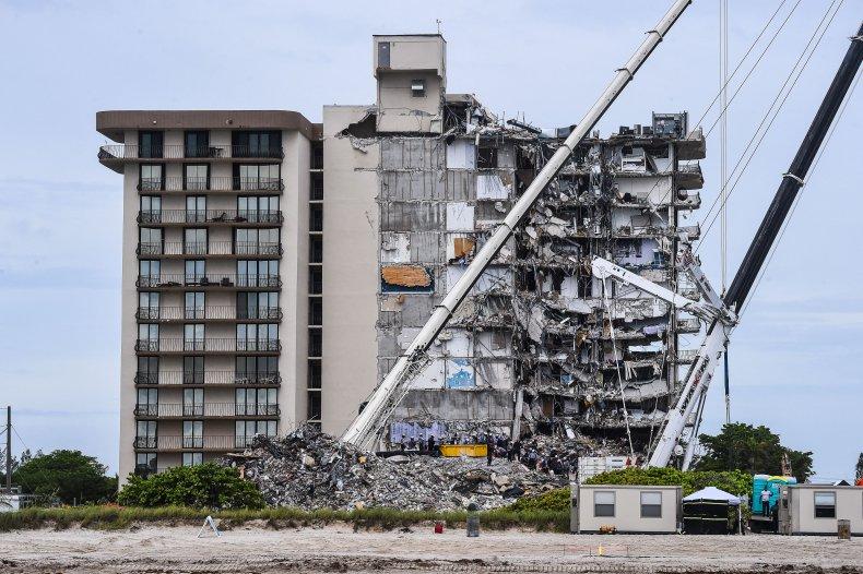 Surfside condo complex wreckage